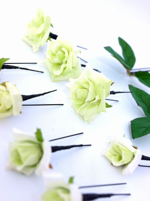 【アートフラワー ヘッドピース】ミニローズの髪飾りセット(ライムグリーン10本セット)