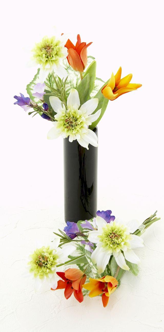 【お墓・仏壇用の造花 供花】フレンチマリーゴールド&チューリップのミニ仏花セット(左右1対)
